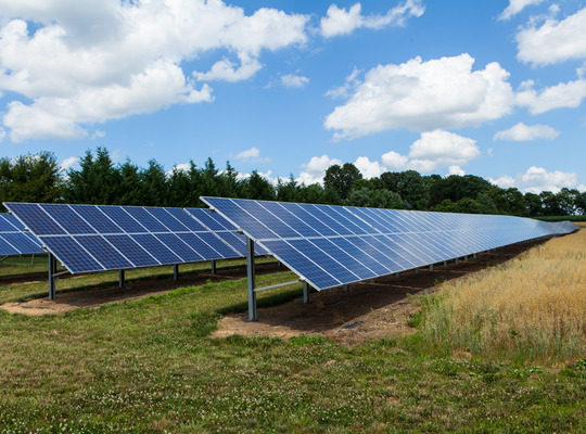Construction contract signed for the UK's largest community-owned solar park